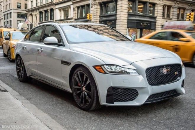 the jaguar xf proves growing up doesn 39 t mean the fun is over. Black Bedroom Furniture Sets. Home Design Ideas