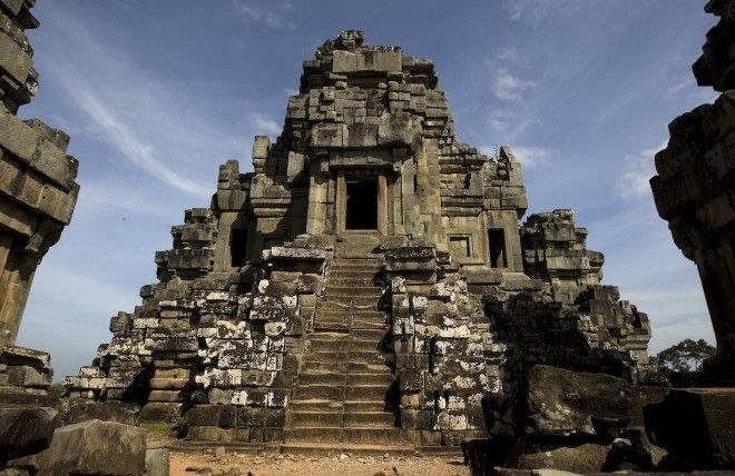 Be inspired by the ancient temples of Angkor Wat Cambodia