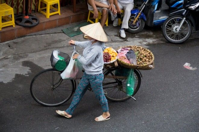 Sample the street food in Hanoi Vietnam