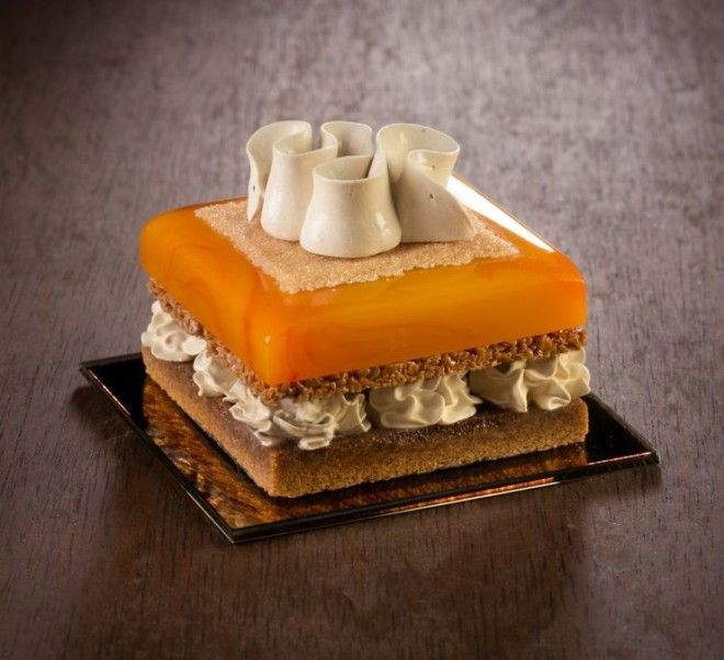 Believe Me, These Wonderful Desserts Are Porcelain Sculptures