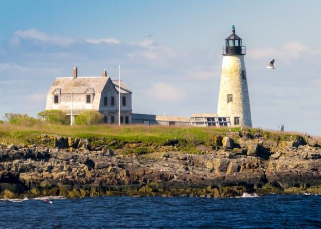 MAINE: Wood Island Light