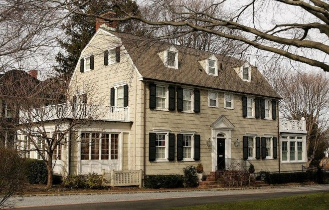 NEW YORK: Amityville Horror House