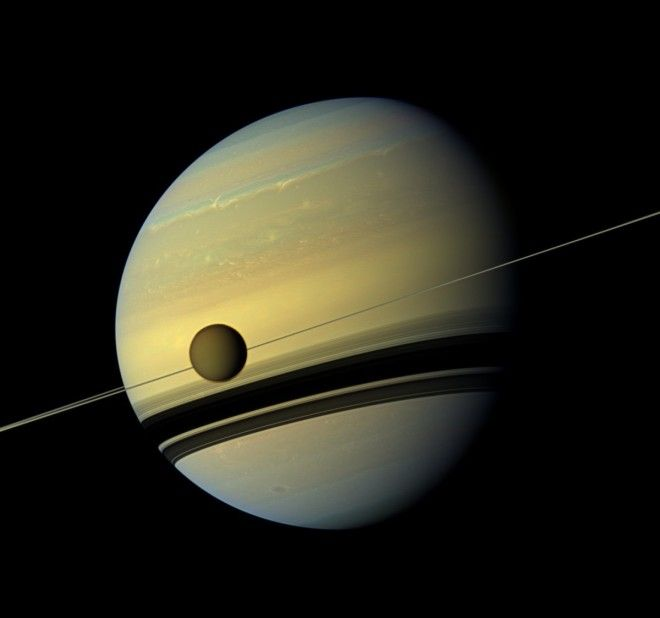 A robotic spacecraft that had been exploring Saturn and its moons for 13 years took a monumental  and fatal  dive