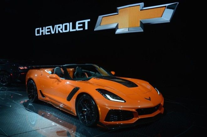 Chevy also unveiled the convertible version of the 755-horsepower 'Vette.