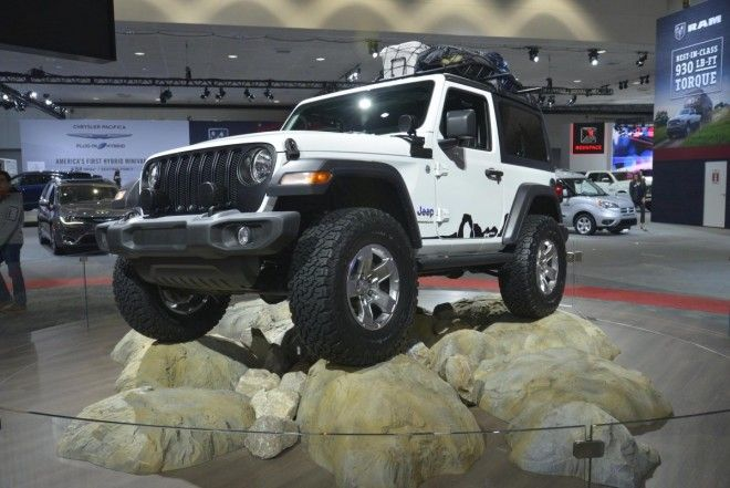 Jeep's next-generation Wrangler made its world debut in LA. It's expected to be available with an Italian turbocharged four-cylinder and a diesel V6.
