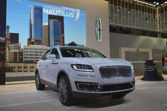 Lincoln unveiled a new mid-size luxury crossover called the Nautilus. (A much-welcomed departure from its confusing MK naming scheme.)