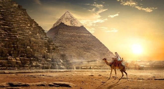 Scientists peered into the Great Pyramid of Giza in a new way and found a secret chamber there