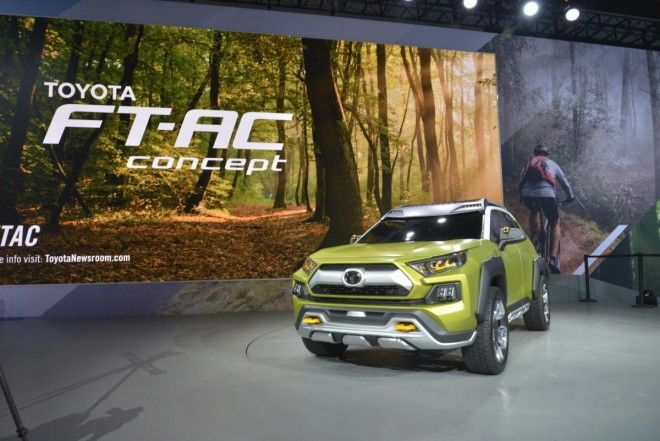 Toyota unveiled the new FT-AC crossover SUV concept. The compact concept crossover may serve as the basis for the next generation RAV4.