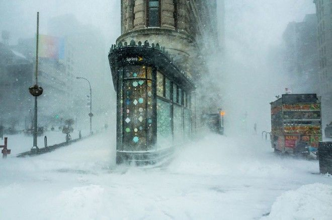 Flatiron Building In The Snowstorm By Michele Palazzo Remarkable Award In Architecture Urban Spaces Category
