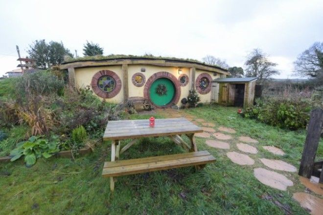 Hobbit House With Sea View Should Be Your Next Holiday Home Destination