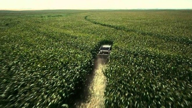 For Interstellar Christopher Nolan Planted 500 Acres Of Corn Just For The Film Because He Did Not Want To Cgi The Farm In After Filming He Turned It Around And Sold The Corn And Made Back Profit For The Budget