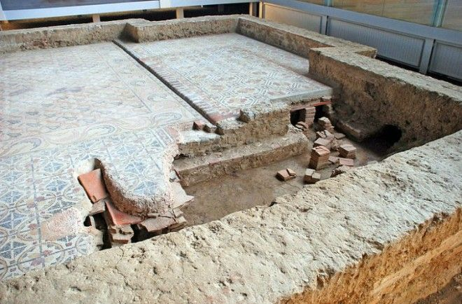 Roman Villa with Space for Hot Air Circulation Under the Floor