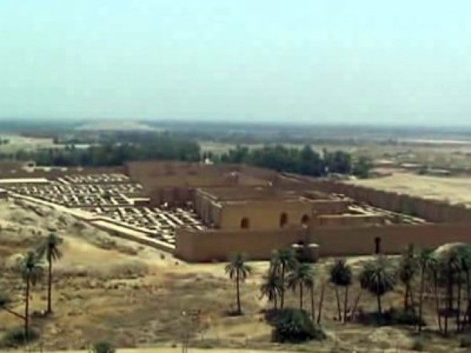 Babylon: The world's largest city in 700 BC
