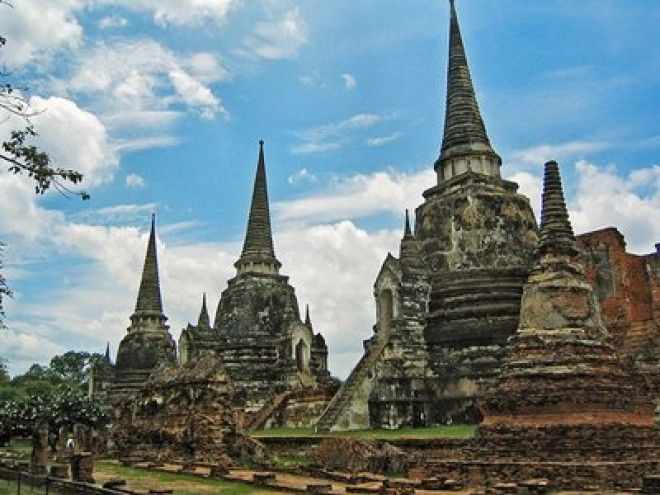 Ayutthaya: The world's largest city in 1700 AD