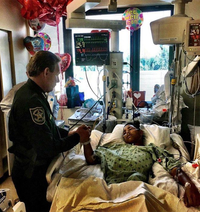 This Is Anthony Borges 15 He Used His Body To Hold A Classroom Door Shut During The Florida Shooting Protecting 20 Other Students Inside As The Gunman Fired Through The Door Hitting Him Five Times May He Have A Speedy Recovery