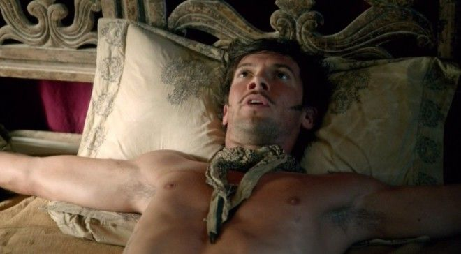 10 Shocking TV Shows Filled With Nudity
