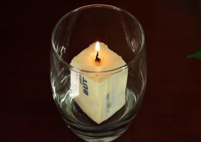 An easy way to make an emergency candle