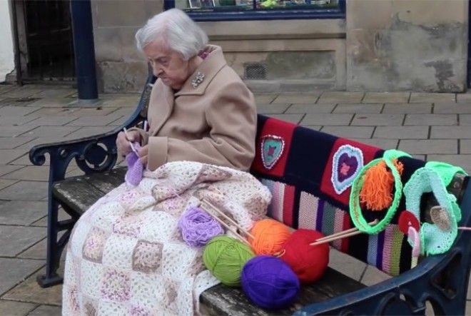 The oldest living street artist in the world