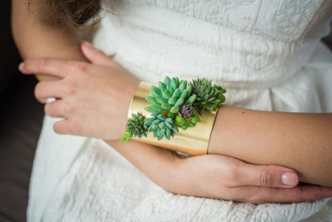 Stunning wearable planters