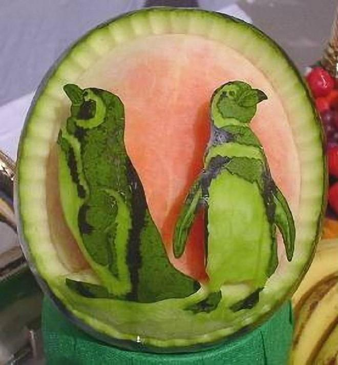 Amazingly creative fruit carvings