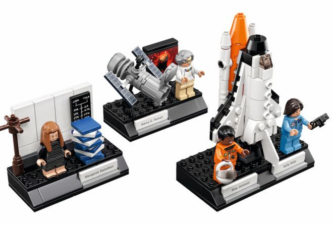 We love this new NASA Lego set